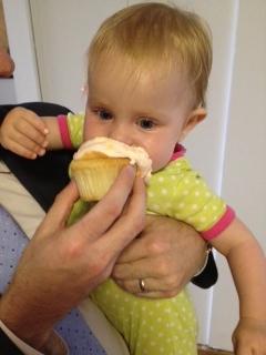 Zoey eats cake